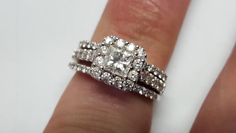 Lady's Diamond Wedding Set 53 Diamonds 1.84 Carat T.W. 14K White Gold 8g Size:6