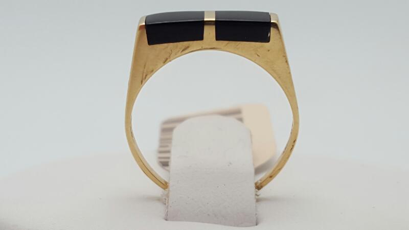 Onyx Lady's Stone Ring 14K Yellow Gold 1g