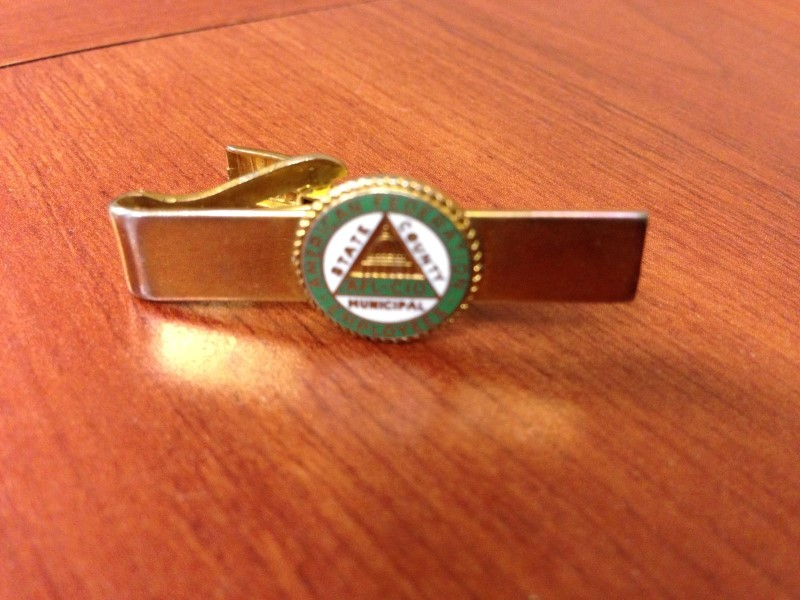 VINTAGE AFL CIO TIE BAR CLASP AMERICAN FEDERATION OF EMPLOYEES  PRE OWNED