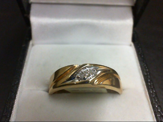 Gent's Gold-Diamond Wedding Band 3 Diamonds .04 Carat T.W. 10K Yellow Gold 3.6g