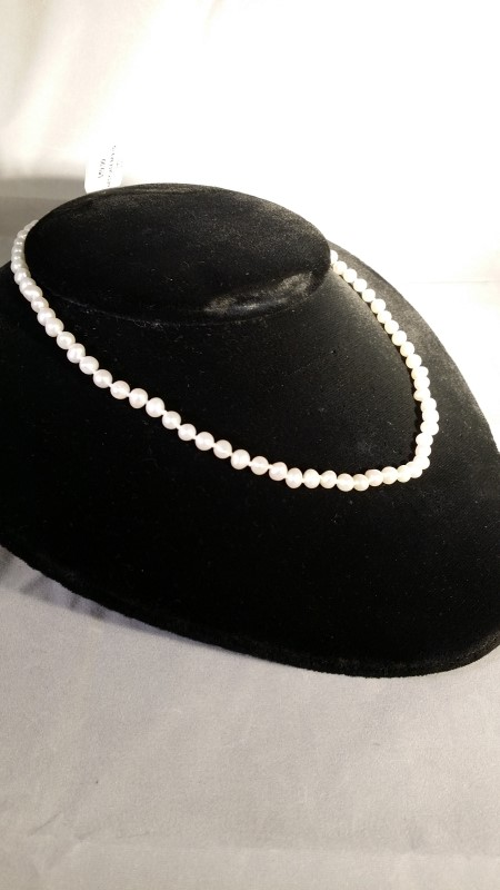 """14"""" Synthetic Pearl Stone Necklace Silver Plate 9.7g"""