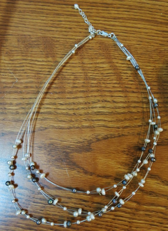 Freshwater Pearl Necklace on 925 Clasp - On 3 Double Invisible Wires