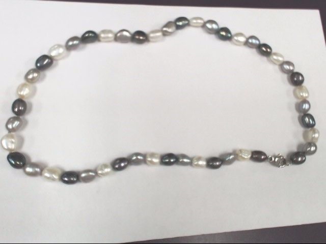 """17"""" Pearl Stone Necklace Silver toned clasp 29.9g"""