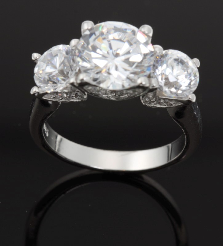 Lady's Silver Ring 925 Silver 6.36g Size:7