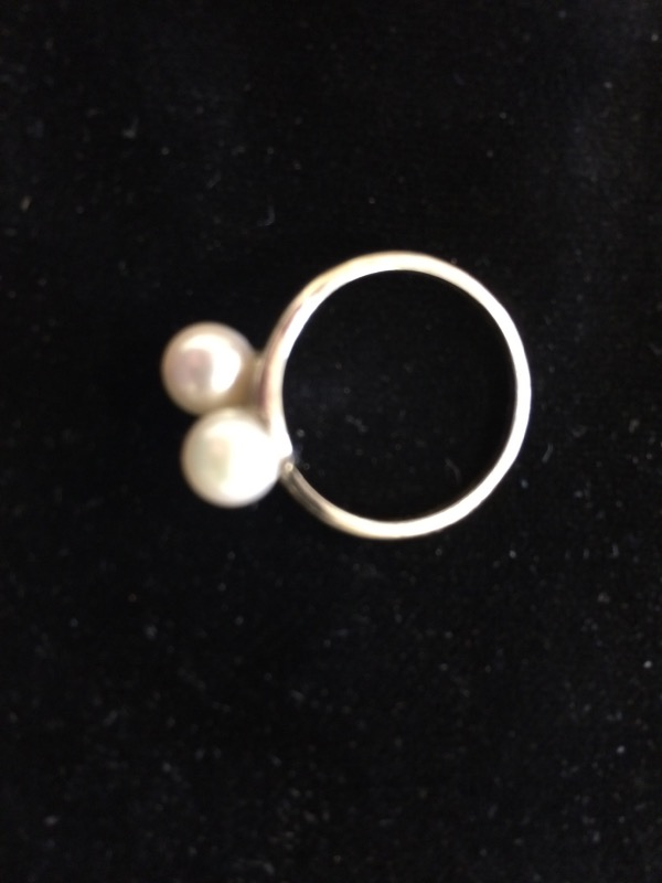Synthetic Pearl Lady's Stone Ring 14K White Gold 1.9dwt