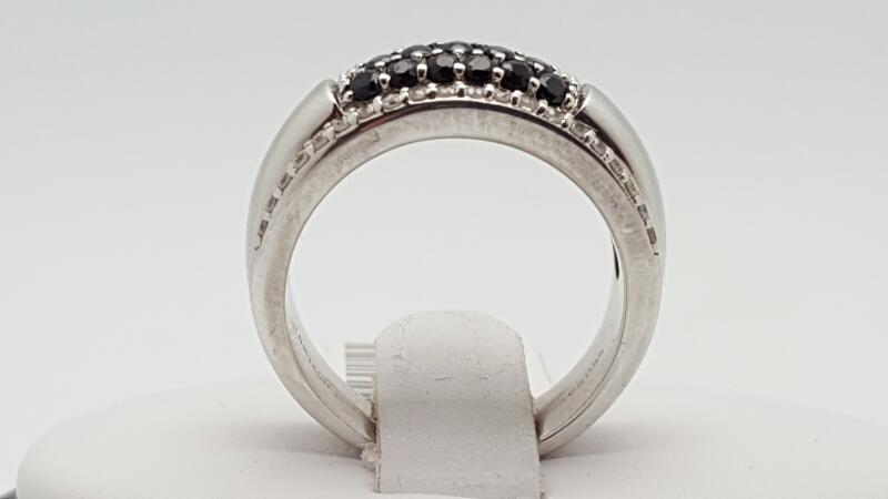 Black diamonds & white diamonds Ring 40 Diamonds .200 Carat T.W.