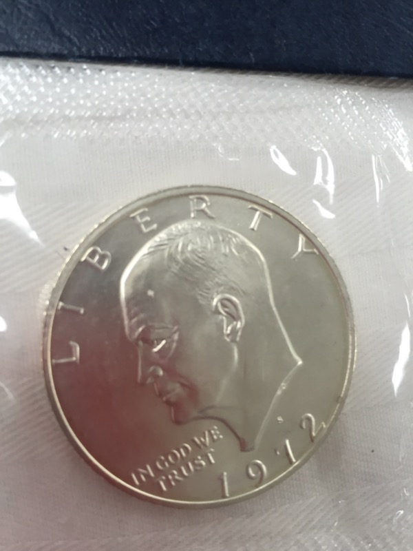 UNITED STATES  1972-S EISENHOWER UNCIRCULATED SILVER DOLLAR