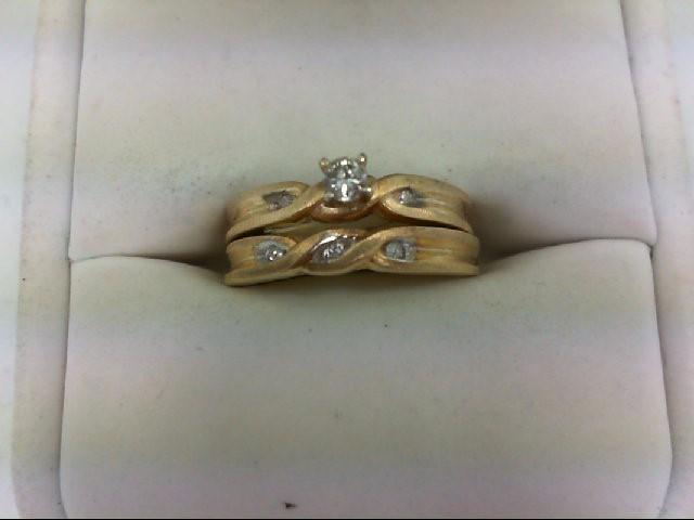 Lady's Diamond Wedding Set 6 Diamonds 0.15 Carat T.W. 10K Yellow Gold 3.7g Size: