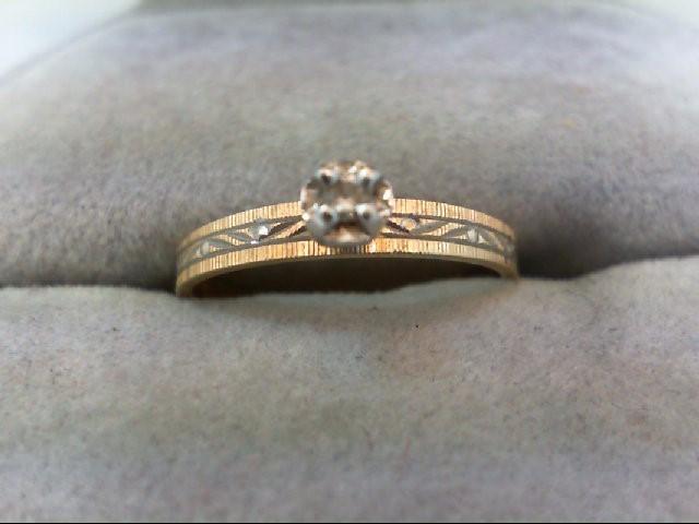 Lady's Diamond Engagement Ring .01 CT. 14K Yellow Gold 1.3g