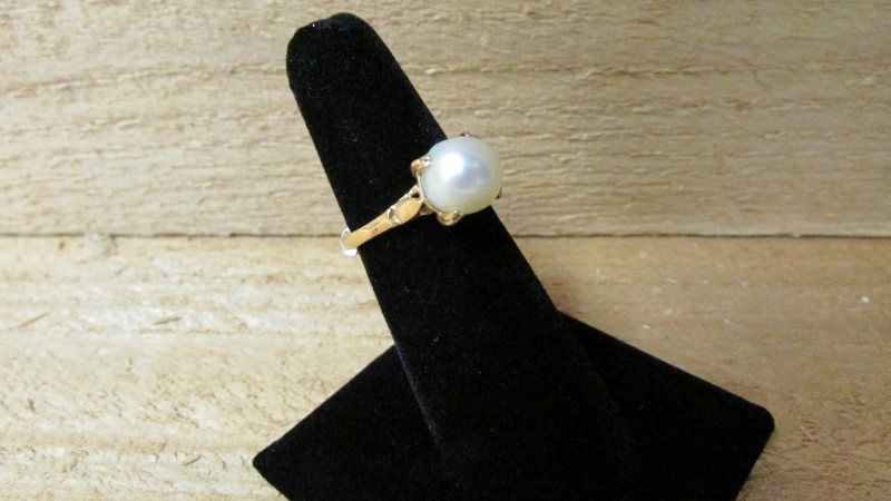 Synthetic Pearl Lady's Stone Ring 18K Yellow Gold 3.4g Size:6.5