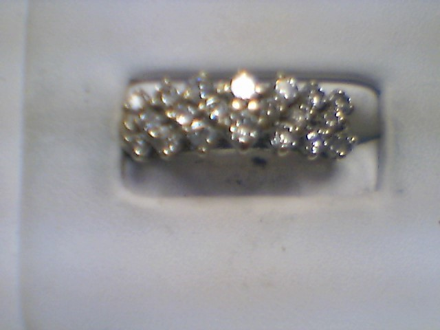 Lady's Diamond Cluster Ring 21 Diamonds 4.62 Carat T.W. 14K Yellow Gold 4.3g