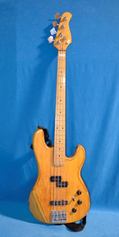 KRAMMER BASS GUITAR 4-STRING #SC7729,BAG