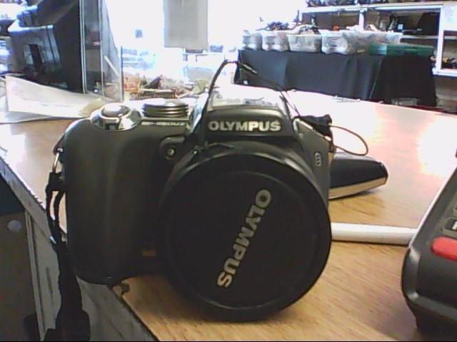 OLYMPUS Digital Camera SP-550UZ