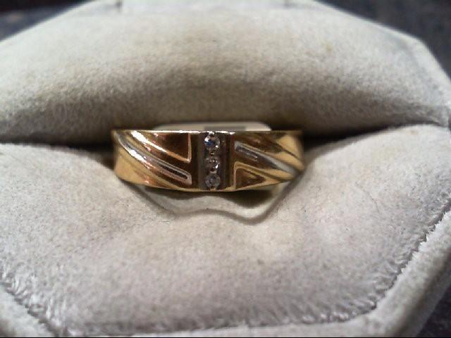 Gent's Gold-Diamond Wedding Band 3 Diamonds .03 Carat T.W. 14K Yellow Gold 2.9g