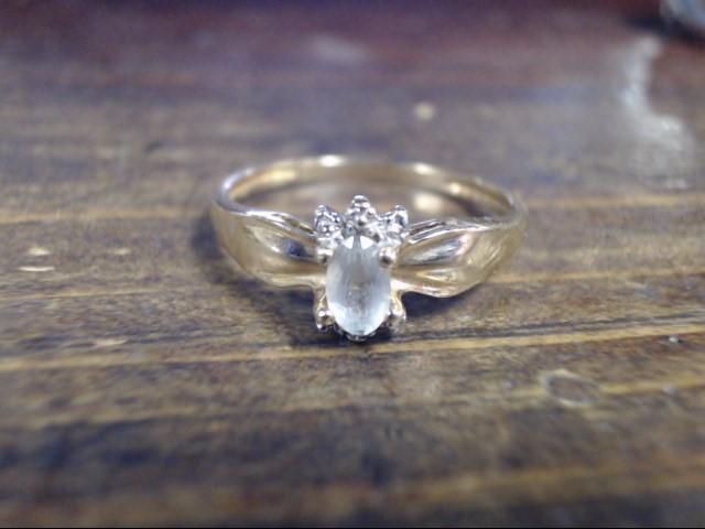White Stone Lady's Stone Ring 10K Yellow Gold 1.6g Size:7