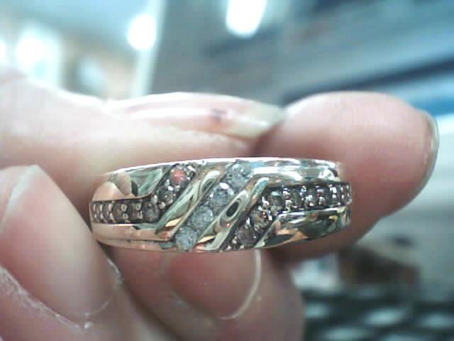Gent's Diamond Cluster Ring 20 Diamonds .192 Carat T.W. 10K Yellow Gold 3.7dwt