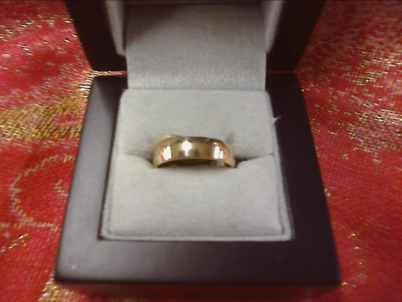 RING JEWELRY JEWELRY, 14KT, 2.64 DWT; RING THICK HALF ROUND BAND