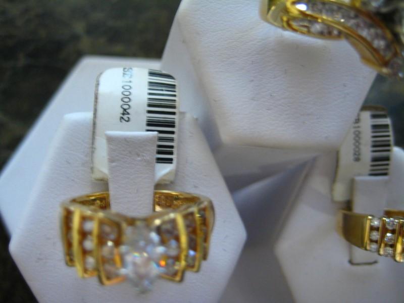 Lady's Diamond Engagement Ring 0.01 CT. 14K Yellow Gold 6.3g