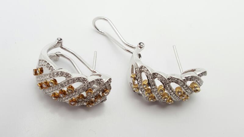 Gold-Diamond Earrings 99 Diamonds .99 Carat T.W. 14K 2 Tone Gold 8g