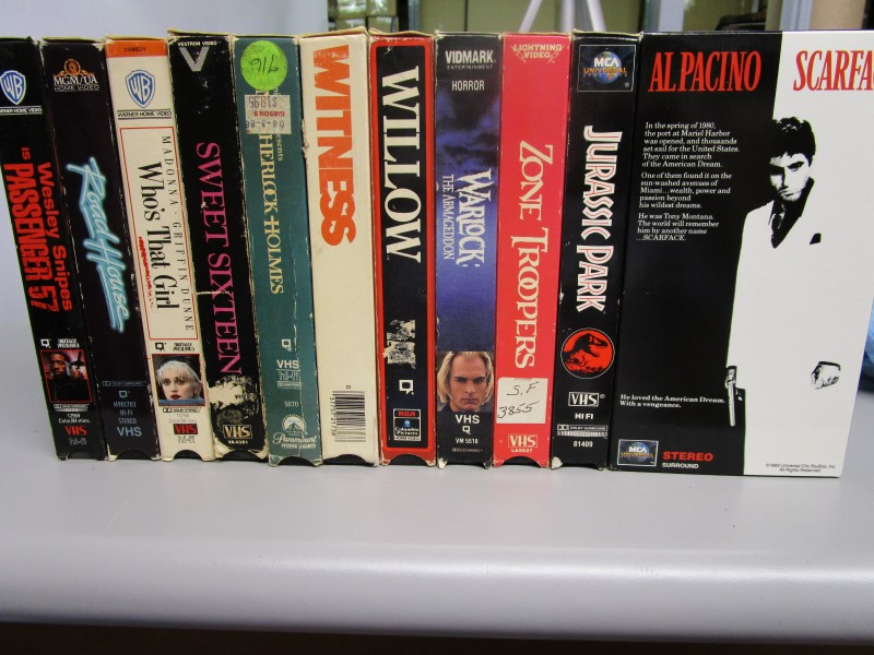 VHS LOT, 15 VIDEOS, INCLUDES EVERYTHING IN THE PICTURES