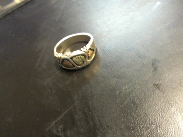 Gent's Silver Ring 925 Silver 7.23g
