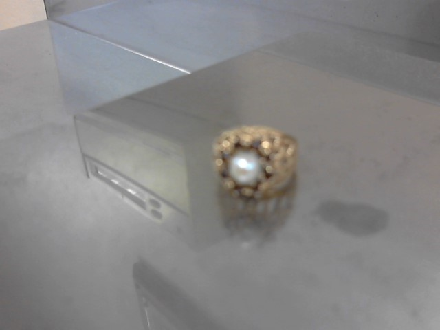Synthetic Pearl Lady's Stone Ring 14K Yellow Gold 7.5g