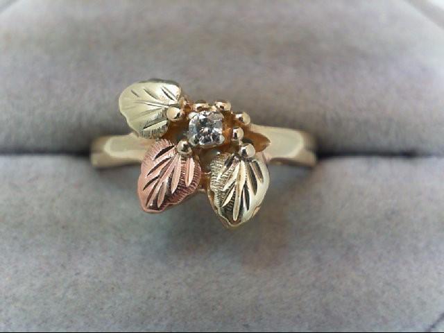 Lady's Diamond Fashion Ring .08 CT. 10K Tri-color Gold 3g