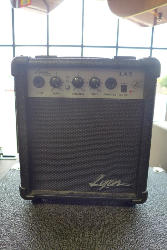 WASHBURN Electric Guitar Amp LYON AMP LA5