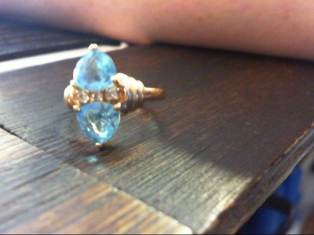 Blue Stone Lady's Stone Ring 14K Yellow Gold 4.4g