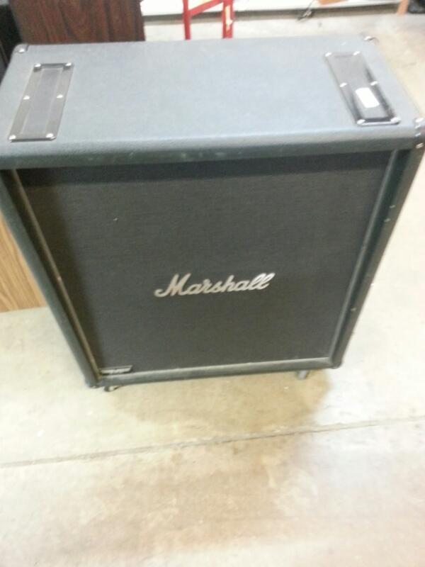 MARSHALL Speaker Cabinet MF400B