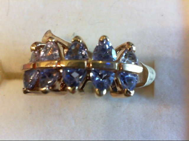 Purple Stone Lady's Stone Ring 10K Yellow Gold 3.8g