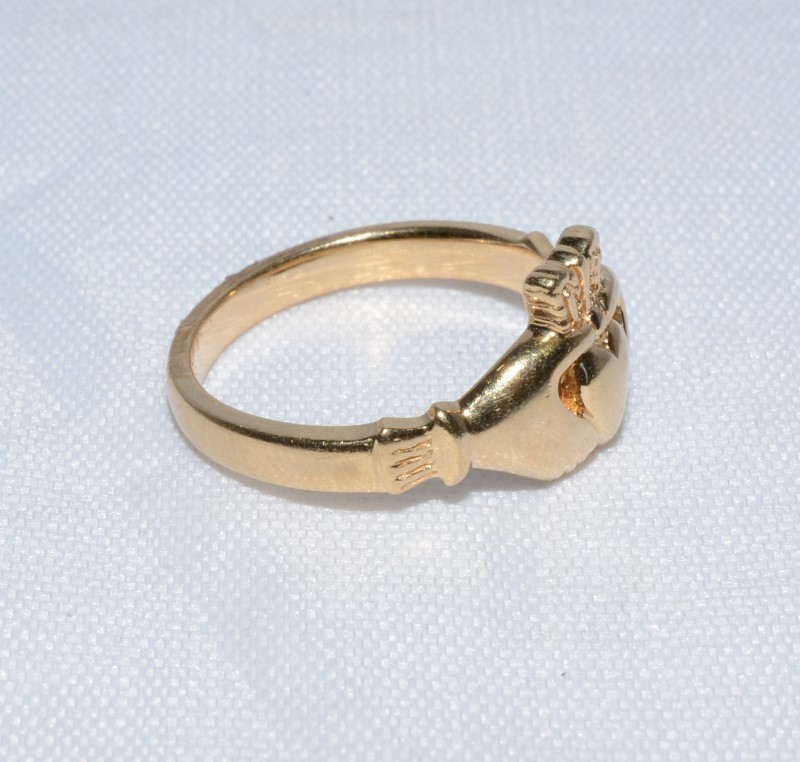 Claddagh Ring 14k Yellow Gold Size 6.25