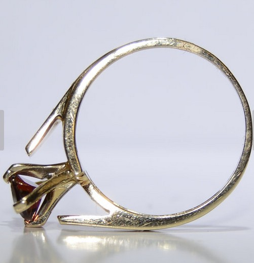 Almandite Garnet Lady's Stone Ring 10K Yellow Gold 3.2g Size:7