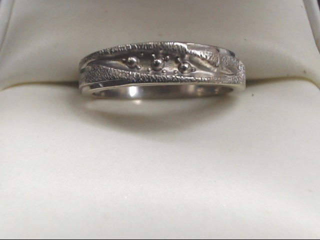 Lady's Gold Ring 14K White Gold 2.5g Size:6