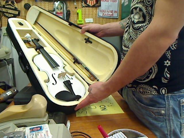 CRESCENT Violin VIOLIN