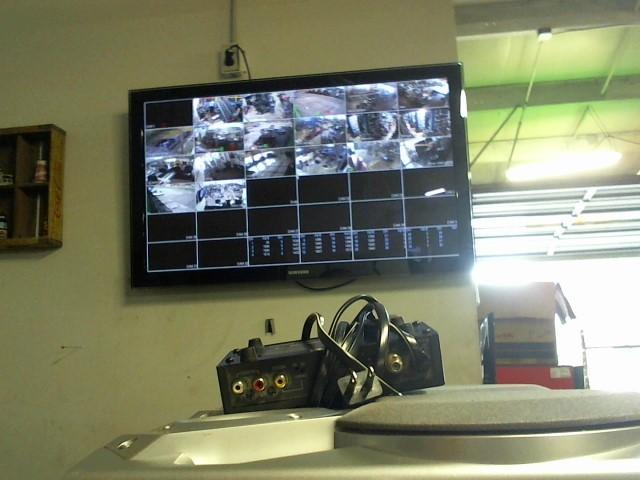 RADIO SHACK Home Theatre Misc. Equipment RF MODULATOR