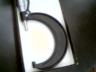 BROWN & SHARPE Micrometer 2-3