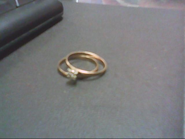 Lady's Diamond Wedding Set .01 CT. 10K Yellow Gold 1.9g
