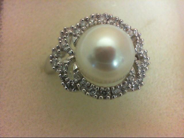 Pearl Lady's Stone & Diamond Ring 30 Diamonds 0.3 Carat T.W. 14K White Gold 4.4g