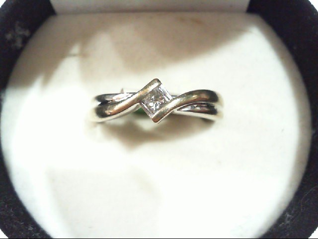 Lady's Diamond Engagement Ring .15 CT. 14K White Gold 3.6g
