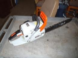 ECHO Chainsaw CS-4400