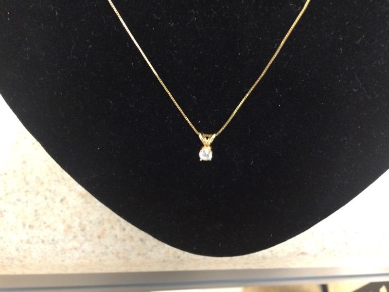 Diamond Necklace .25 CT. 14K Yellow Gold 0.9dwt