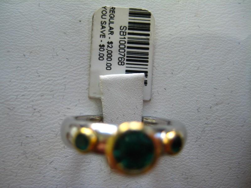 Lady's Gold Ring 18K White Gold 8.24g