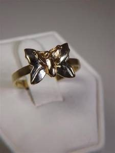 Lady's Gold Ring 10K Yellow Gold 2.31g Size:8