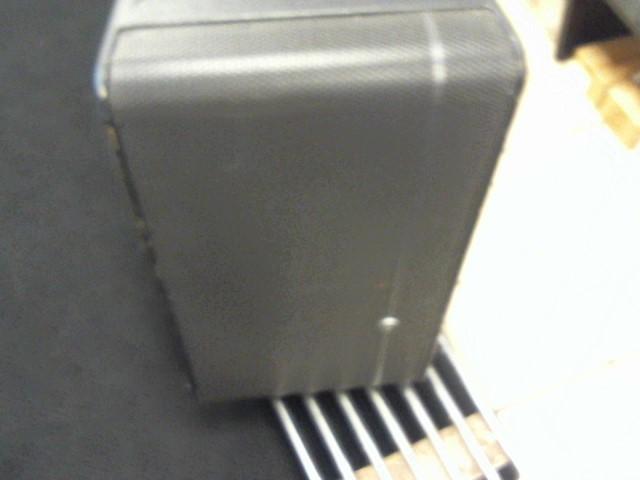 MACKIE PA System HD1531