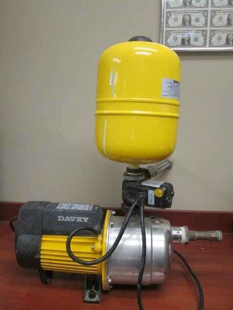 DAVEY MULTISTAGE BOOSTER SYSTEM W/ HYDRASCAN PUMP