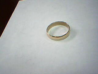 Lady's Gold Wedding Band 10K Yellow Gold 1.9g