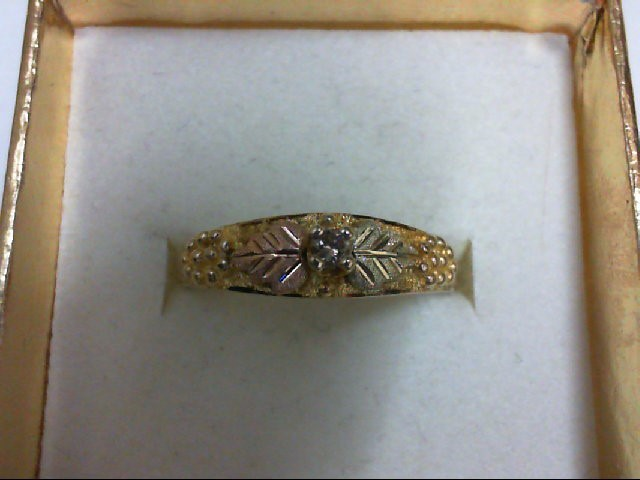 Lady's Diamond Engagement Ring 0.07 CT. 10K Tri-color Gold 2g