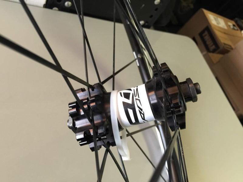 "MAVIC CROSSRIDE DISC 22.5"" 559x19C FRONT BICYCLE WHEEL"