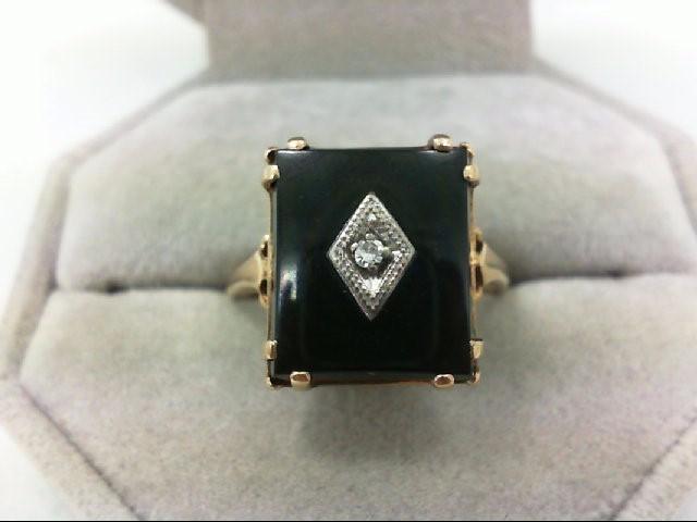Lady's Diamond Fashion Ring 0.03 CT. 10K Yellow Gold 5.4g
